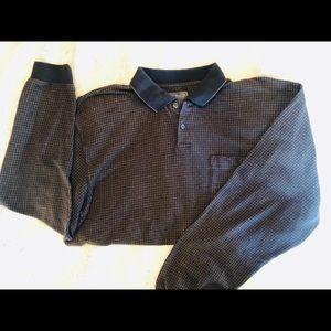 Lg ,Van Heusen ,Long Sleeved w/ pocket